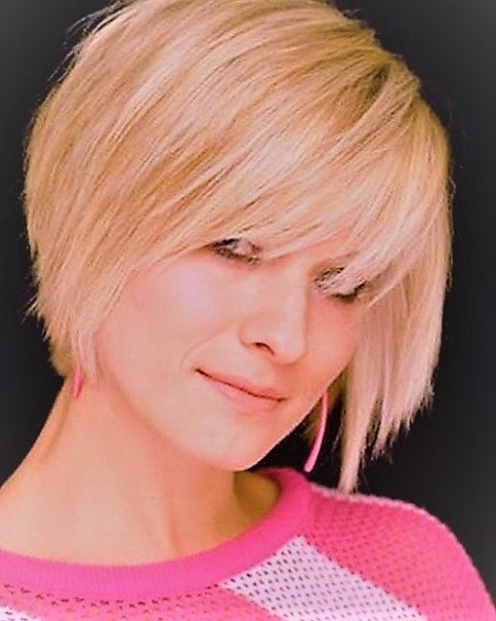 Short Chin Length Bob Haircut Short Hairstyles Short layered hairstyles
